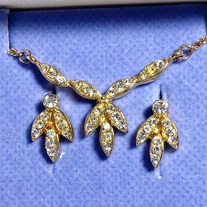 Vintage rhinestone cluster necklace & earring set